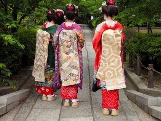 Japanese maiko in Kimono
