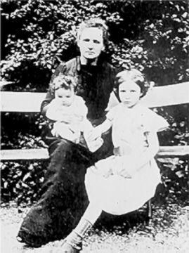 Marie Curie with her two daughters Irene and Eve