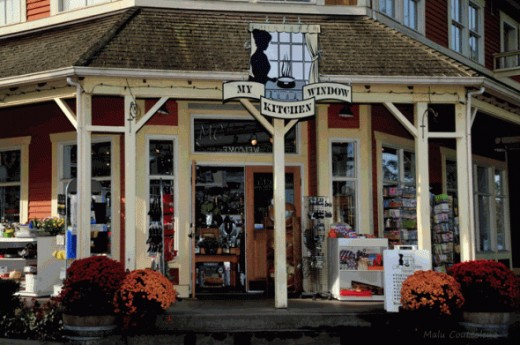Fort Langley has a great variety of antiques, art, gifts and souvenir shops