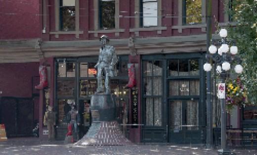 "Statue of Jack ""Gassy"" Deighton"