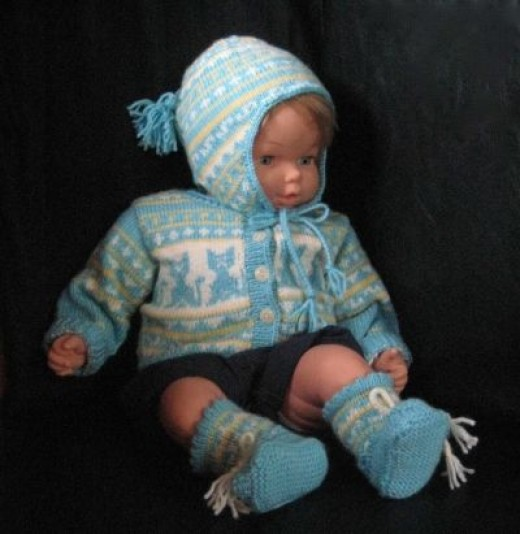 Baby Sweater with a CAT MOTIF, Hat and Booties set