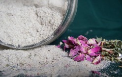 The Healing Benefits of Bentonite Clay