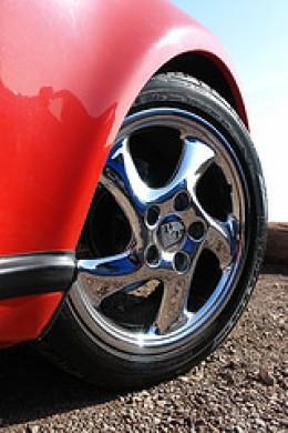 Porsche Wheel (Photo courtesy by www.bazpics.com from Flickr)