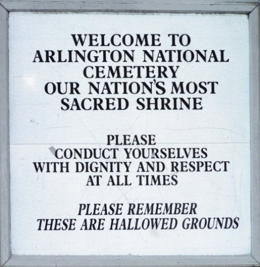 Entrance to Arlington Cemetery