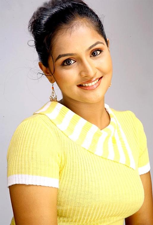 Remya Nambeesan 2