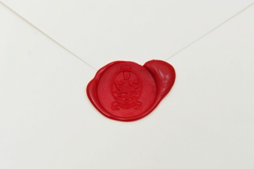 The invitations were sent out in elegant white envelopes and were stamped sealed with wax embossed with the cullen crest.