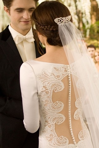 The stunning back on Bella's dress.