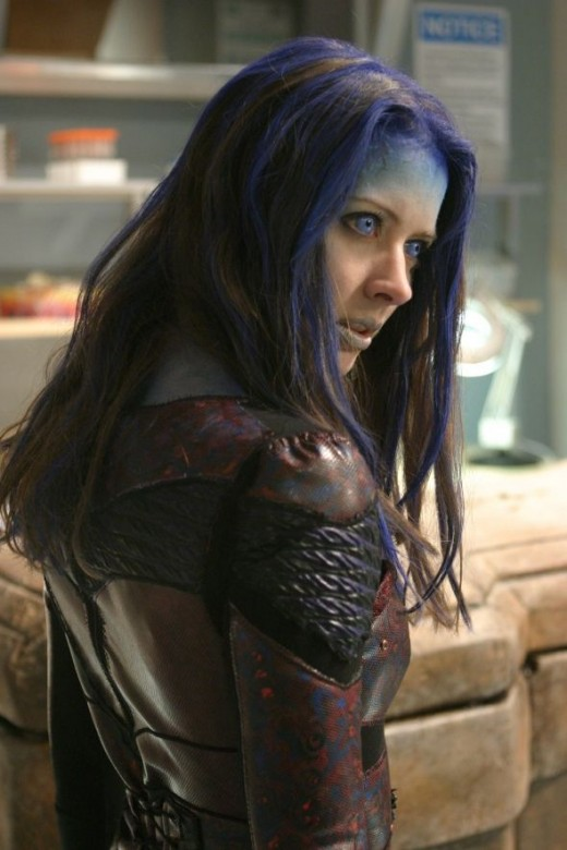 Side and back view of Illyria's armour