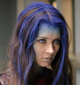 A closer look at Illyria's hair and face