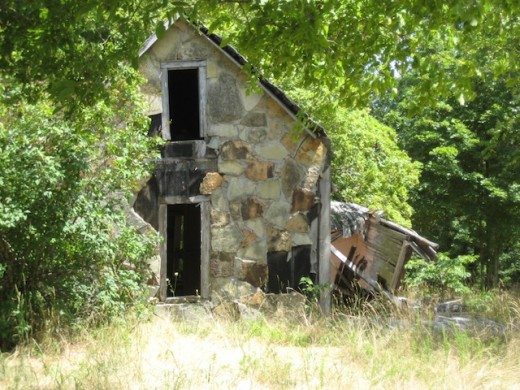 Abandon home near the Blackburn community, Arkansas