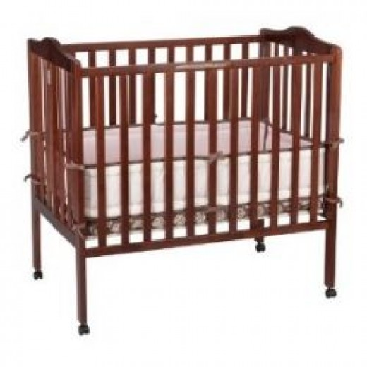 Delta Children's Products Portable Mini Crib