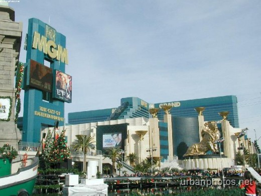The remodeled MGM entrance (1998 - present)