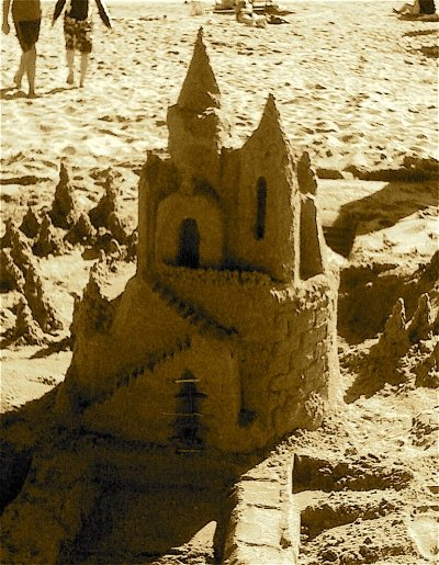 how to build a good sandcastle