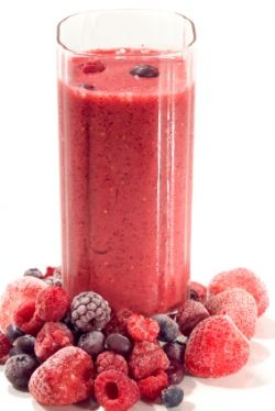 Vince Ant's Big Berry Blast Smoothie - The Hive Party