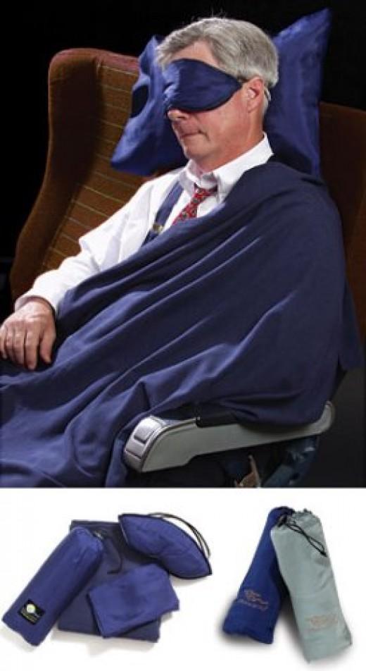 Dreamsacks Silk Eye Mask, Blanket & Pillow Case