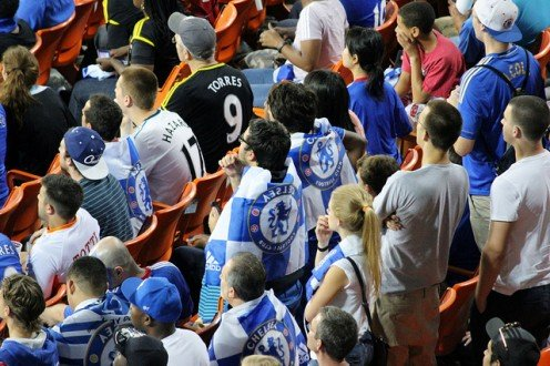 A Chelsea fan adorning a Torres jersey