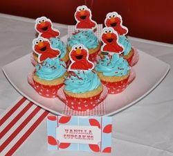 Yummy Elmo cupcakes!