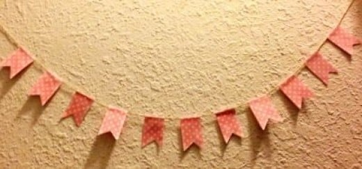 DIY Polka dot garland