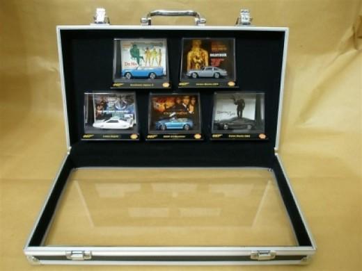 Garage Briefcase - Inside View (courtesy of lihongsg)