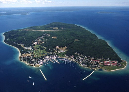 Mackinac Island picture