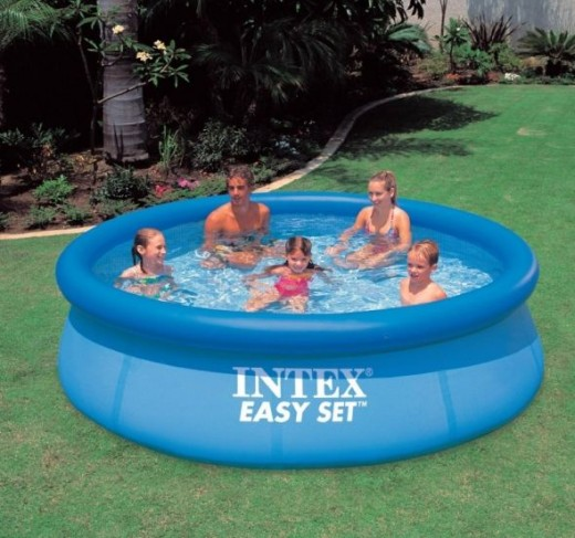 Intex pools set