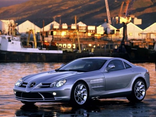 The fastest car - Mercedes-Benz SLR McLaren