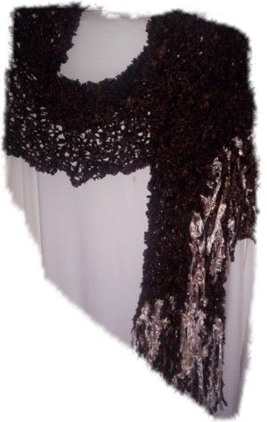 And this one is in Dark Brown 'Feathers' yarn - 20cm wide x 240cm total length, including 20cm Cream and Dark Brown fringing  (Code 2d)