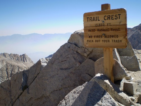 Trailcrest (13,600') marks the boundary between the John Muir Wilderness (Inyo National Forest) and Sequioa National Park.