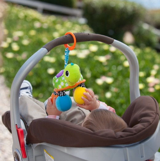 Take Topsy to the park or anywhere by attaching it to a stroller or car seat for hours of fun.