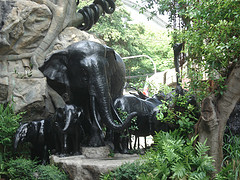 Statues are all over in Dusit Zoo