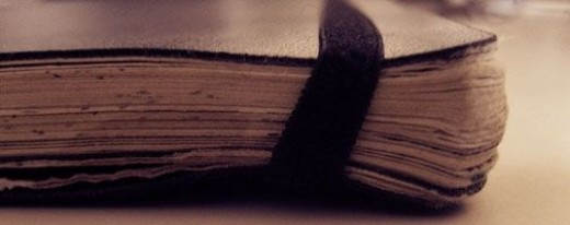 old-writers-notebook-photo-by-ricardo-oliveira-flickr