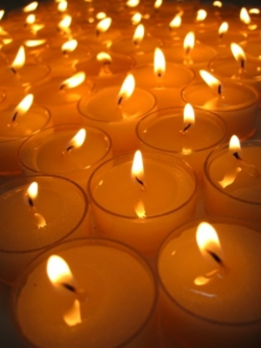 You can light up your life with candles when you learn how to make gel candles at home.