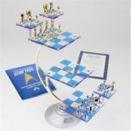 Star Trek Tri-D Chess Set