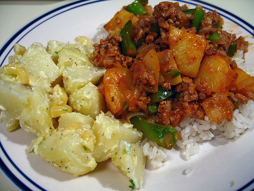 Potato Salad and Sauteed Ground Turkey over Steamed Rice (Photo courtesy by pinkbishie from Flickr)
