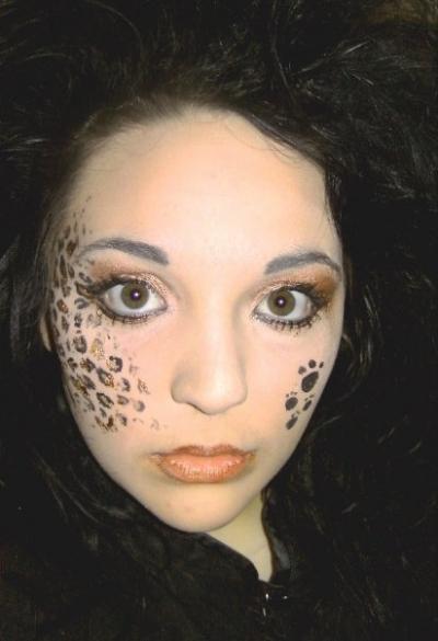 Another Creative Leopard Face Paint Design!