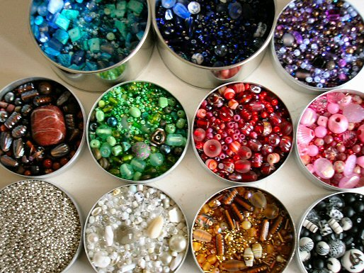 Beads come in a wide range of colors.