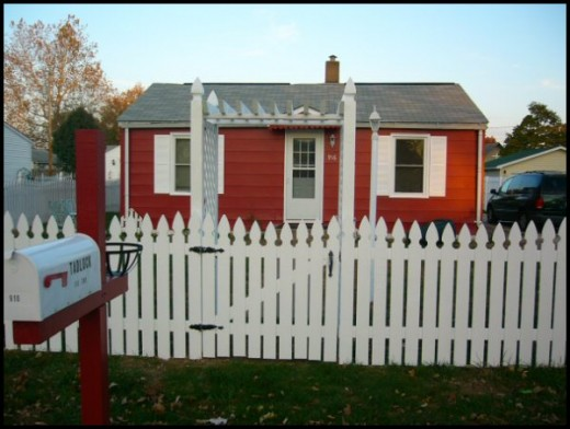 Momma's  little red and white cottage.