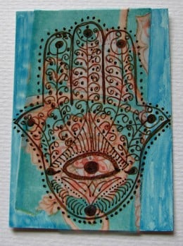 Hennaed Hamsa by wiccked
