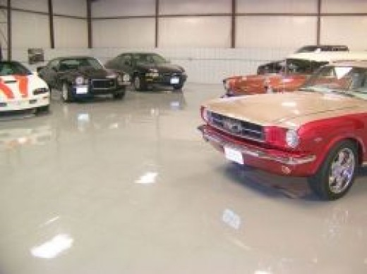 Commercial epoxy floor with a glossy clearcoat