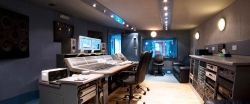 Professional audio mixing studio of Jessica Corcoran - audio engineer at mixingAudioPros