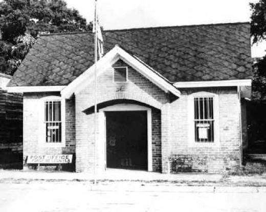 Ponce de Leon Post Office.