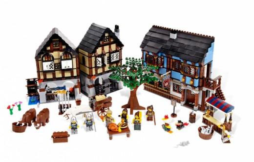 LEGO 10193 Medieval Market Village