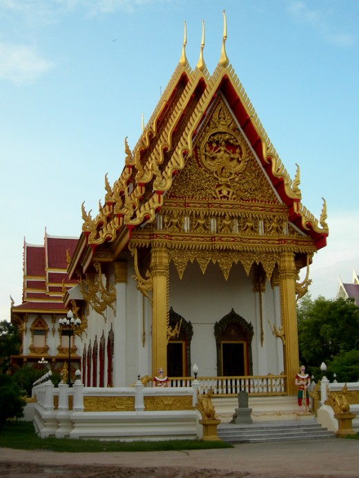 Wat Klang, Kalasin