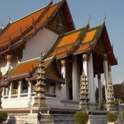 Thailand Travel Advice: Visiting Wat Suthat