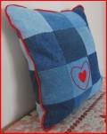 http://mysticwynd.blogspot.com/2011/04/forever-in-blue-jeans.html