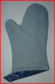 http://www.myrecycledbags.com/2010/06/05/recycled-denim-oven-mitt/