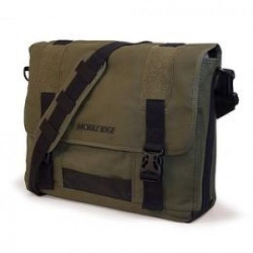 Mobile Edge Eco-Friendly 17.3 Inch Laptop Messenger Bag