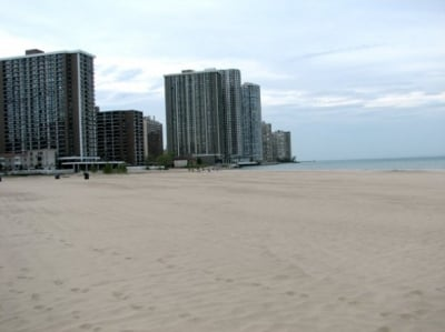 Hollywood Beach is one of the city's cleanest, least crowded beaches.