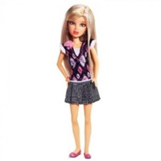 Liv Dolls - School's Out - Daniela