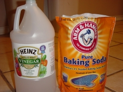 cleaning with baking soda and vinegar hubpages. Black Bedroom Furniture Sets. Home Design Ideas